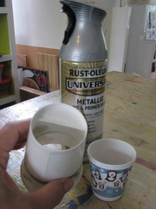 Painting bubbles with cups